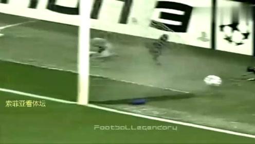 0607赛季欧冠半决赛次回合,卡卡传射AC米兰3-0曼联