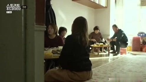 白钟元:美食斗士白钟元来到中国延边:明明在国外,怎么有种在乡下**家