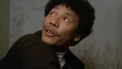 四川方言搞笑配音:上厕所被恶搞,以后蹲坑都有阴影了