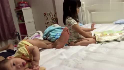 宝宝原本很胆小,奶奶带1个月后竟敢做这样的事情,妈妈