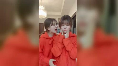要跟她绝交?双胞胎小姐姐的搞怪视频,简直太可爱了呀!