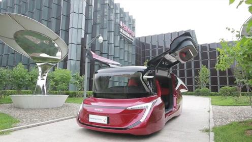 国产汽车又出黑马!推出首款太阳能汽车,终身