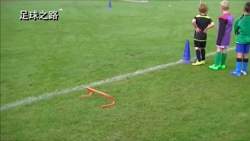 足球青训丨U6运球盘带训练