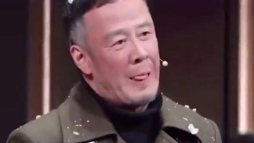 活久见!李诚儒评价杨坤的演技,说他比冯小刚
