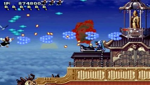 游戏搞笑视频:一款彩京的经典飞行射击游戏!