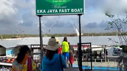 巴厘岛旁边的世外桃源,一个无人居住的小岛,美不胜收!