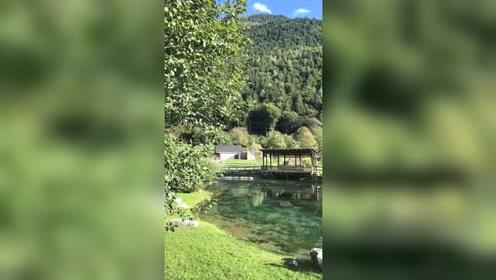 阿尔卑斯山的一角,刷到这视频就让眼睛休息一会吧.#热门#上热门@