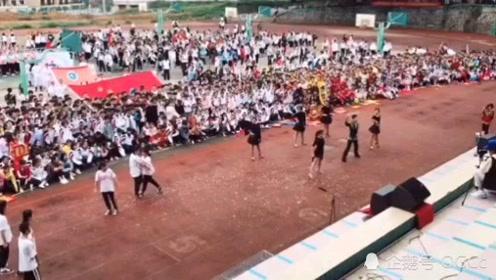 校园热舞,鬼步舞vs拉丁舞!