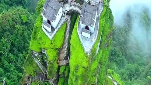这才是全市最贵的房子,镜头一转,感觉一般人是买不起呀!