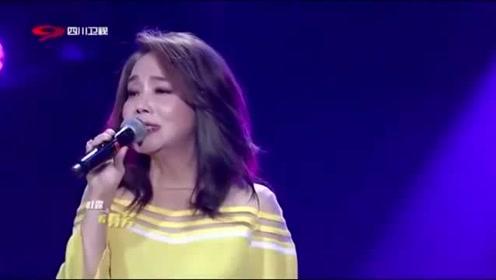 费玉清:费玉清、辛晓琪带来《夜来香》,经典歌曲要经典歌手来唱!
