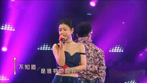 李小萌与郑恺贴身热舞,气场全开,就不怕王雷吃醋?