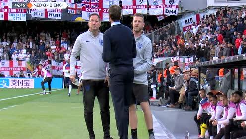 【原声】18/19欧国联半决赛:荷兰vs英格兰 上半场