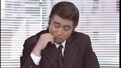 日本搞笑开门方式,谁能告诉我这个门怎么开,