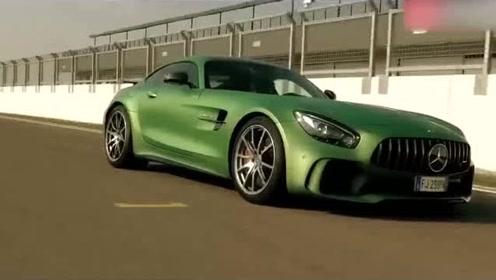 原厂色的AMG GT-R去法拉利门口拍宣传片,砸场子还