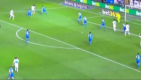 既有搞笑功力又有球场担当,马塞洛在本赛季精彩时刻回顾