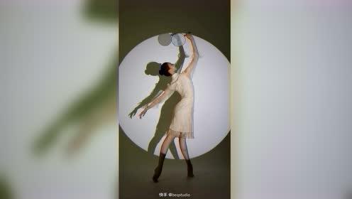 #高清视频# #用快影上热门 #快影助力商家号 #快手创作者中心# #舞蹈摄影 #Q舞摄影 #北京舞蹈学院 #辽宁芭蕾舞学校 @快影学院 北京舞蹈学院芭蕾2020级佳迅大美女的好功夫展示起来~ 最美的...