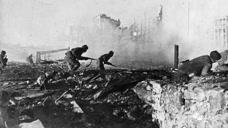 二战苏德战场,德军闪电攻势占尽上风,苏联如何拖至冬天扭转局势