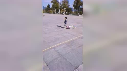 热门视频:放风筝