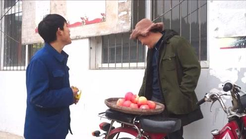 爆笑视频:爆笑巴蜀小剧组欢乐花絮,感觉回到那个时代