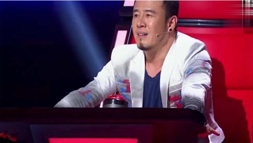 杨坤亲弟弟演唱《新不了情》,不光长得像,声音相似度更高