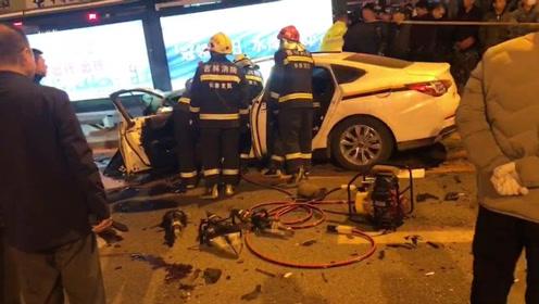 吉林长春一警车与工程车相撞,两车受损严重多人受伤