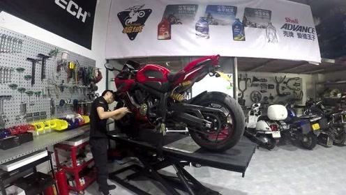 本田C*R650R摩托车日常保养改装视频