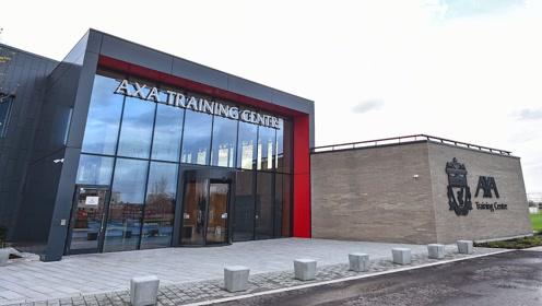 告别梅尔伍德 张伯伦带你游览利物浦新家AXA训练中心
