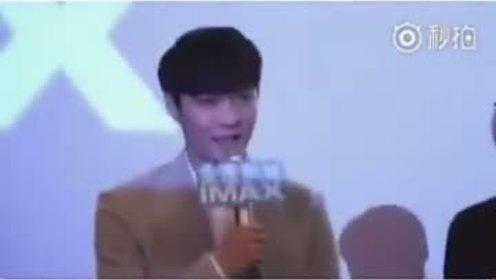 那些年被粉丝调戏过的EXO合集 一个个的反应真的太好笑了