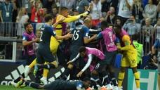 法国4-2克罗地亚 法国时隔20年再夺大力神杯