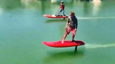 新款水上滑板,余生用脚代替浪!比御剑飞行帅多了