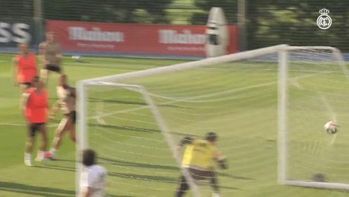 西甲皇马-学霸有伤在身米利唐苦练射门