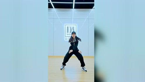 零基础跳出爆火同款视频《NUNU NANA》编舞教学