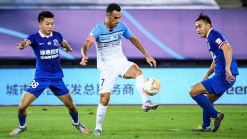 第13轮:广州富力0-2上海申花申花全华班 富力战斗力什么时候能提升?