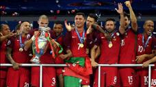 重溫歐洲杯決賽,葡萄牙替補奇兵絕殺法國,助C羅圓夢歐洲杯!