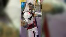 小伙cosplay刺客信条,这个也太丑了吧