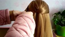 女人过了50岁头发稀少,这要扎显多还好看