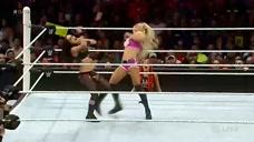 2位美女使用浑身解数缠斗,这样的比赛看的真的