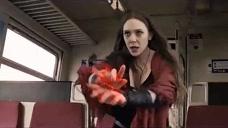 绯红女巫太强了,利用魔法竟将失控的列车停下,真是太霸气了
