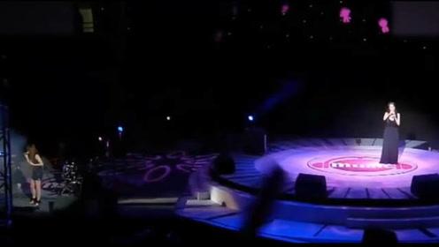 """""""史诗级""""演唱会打脸现场,张韶涵情愿不上台,也不要和她站一起"""