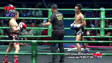 再敦实的身体也敌不过身高优势,泰拳比赛凭借身高与臂长碾压已屡见不鲜