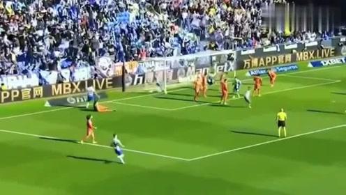 新赛季西甲首球武磊帮助西班牙人扳平比分,这一操作亮了
