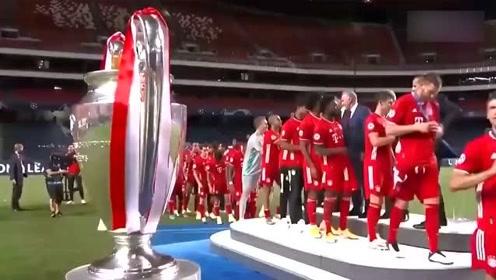 队史第6冠拜仁欧冠夺冠颁奖仪式欢庆时刻