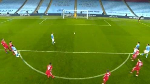英超:曼城1:1利物浦 萨拉赫点射破门热苏斯扳平丁丁丢点!
