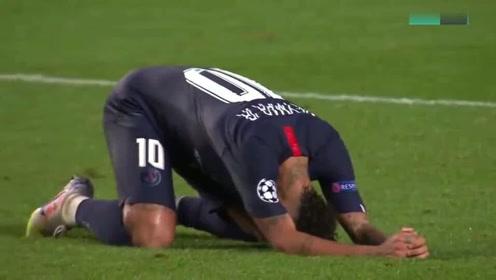首次进入欧冠决赛,大巴黎全队赛后狂欢时刻