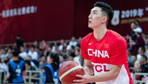 上海男篮新赛季体测现场 可兰第一次入新队体测有点小紧张