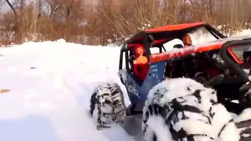 遥控玩具汽车视频RC遥控越野车雪地试玩