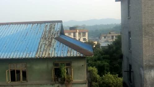 泸州市Anne和外星人做心灵感应经常目击UFO出现的图片 第6张