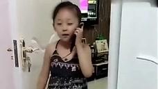 爸爸肚子疼,5岁萌娃下一秒打完电话,爸爸气坏