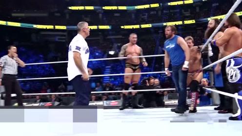 超快速的淘汰,WWE选手被逼下舞台,看完有点秀啊