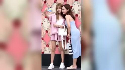重庆街拍小姐姐的身材真好啊,满屏幕的大长腿